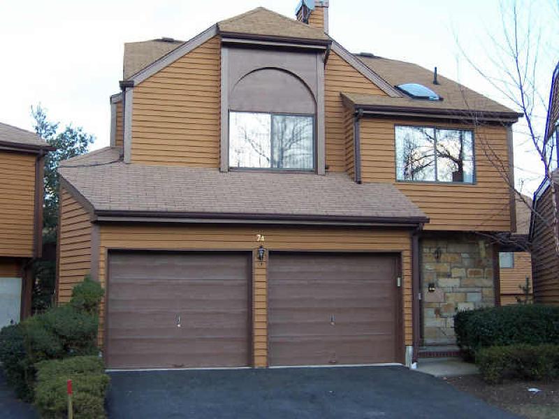 Casa Unifamiliar por un Alquiler en 74 Fallen Timbers Trail Rockaway, Nueva Jersey 07866 Estados Unidos