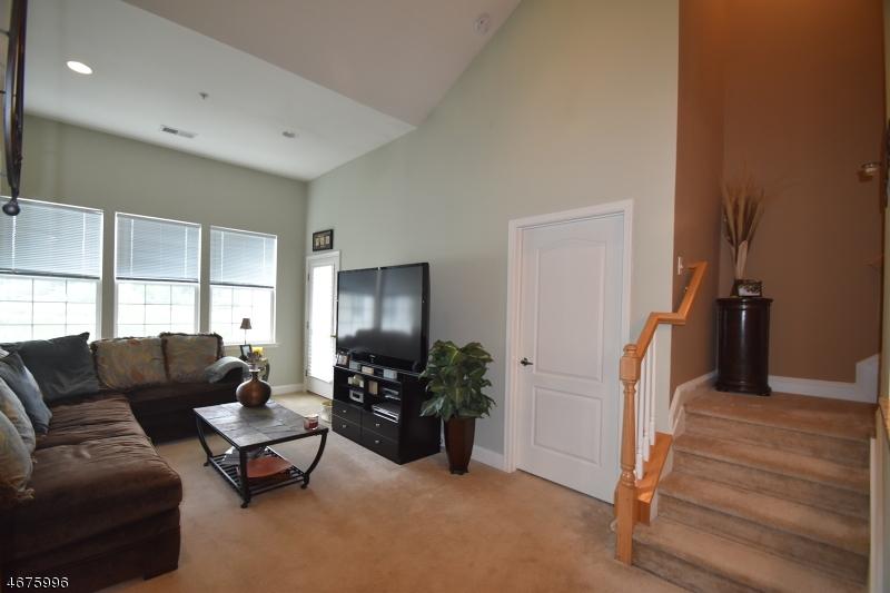 Частный односемейный дом для того Продажа на 5411 Sanctuary Blvd Riverdale, 07457 Соединенные Штаты