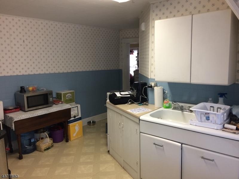 Maison unifamiliale pour l à louer à 19 Rossmore Place Belleville, New Jersey 07109 États-Unis