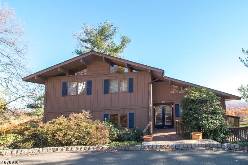 独户住宅 为 销售 在 450 Summit Road Mountainside, 07092 美国
