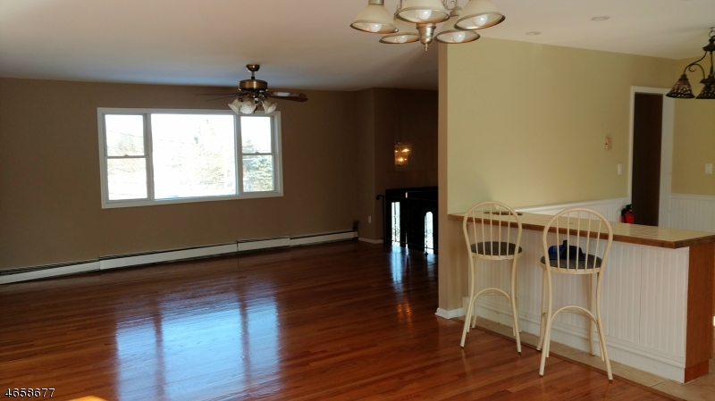 Additional photo for property listing at 2 BLACK CREEK ROAD  Glenwood, 新泽西州 07418 美国