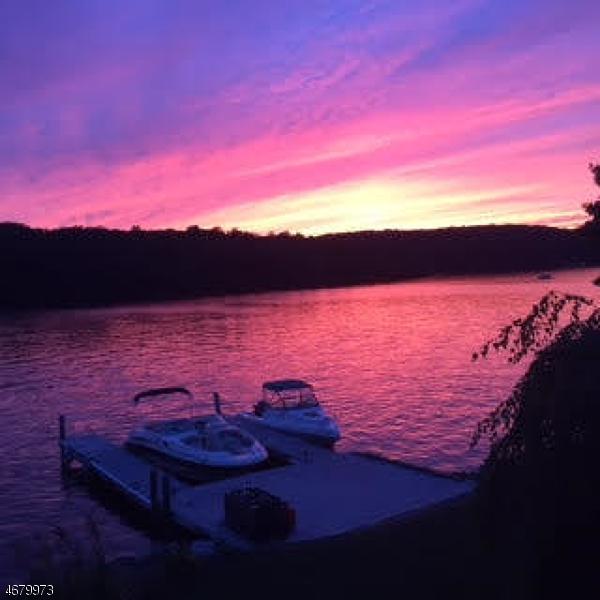Частный односемейный дом для того Продажа на 41 Yacht Club Drive Lake Hopatcong, 07849 Соединенные Штаты