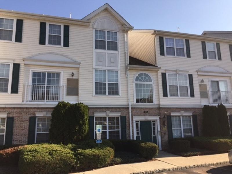 Частный односемейный дом для того Аренда на 71 Limerick Lane Phillipsburg, Нью-Джерси 08865 Соединенные Штаты