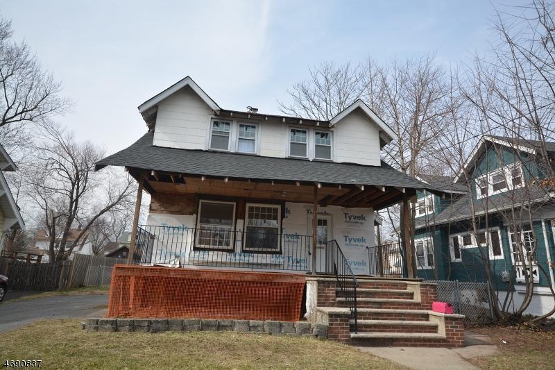 Maison unifamiliale pour l Vente à 324 Morningside Ter Teaneck, New Jersey 07666 États-Unis
