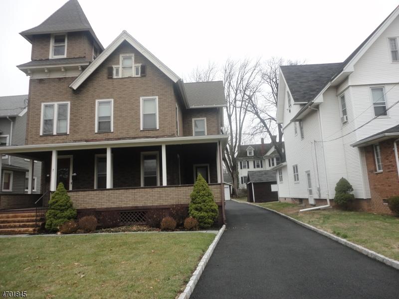 Casa Unifamiliar por un Alquiler en 7 W Union Avenue Bound Brook, Nueva Jersey 08805 Estados Unidos