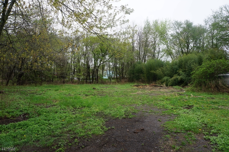 Additional photo for property listing at 317 Big Piece Road  Fairfield, Нью-Джерси 07004 Соединенные Штаты