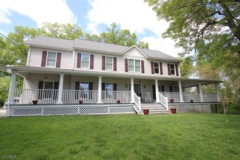 Частный односемейный дом для того Продажа на 1 Hill Court Pompton Lakes, 07442 Соединенные Штаты