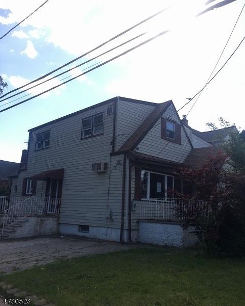 Casa Unifamiliar por un Venta en 890 Marion Place Ridgefield, Nueva Jersey 07657 Estados Unidos