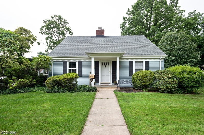 Single Family Home for Sale at 29 Chestnut Street Bound Brook, New Jersey 08805 United States