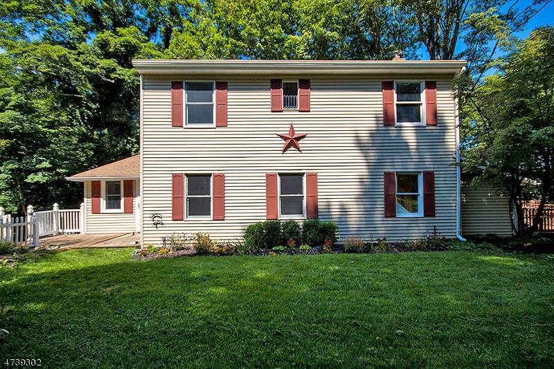 Einfamilienhaus für Verkauf beim 6 Knollwood Drive Andover Township, New Jersey 07860 Vereinigte Staaten