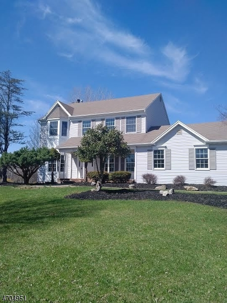Single Family Home for Sale at 221 Arbor Drive Greenwich, 08886 United States