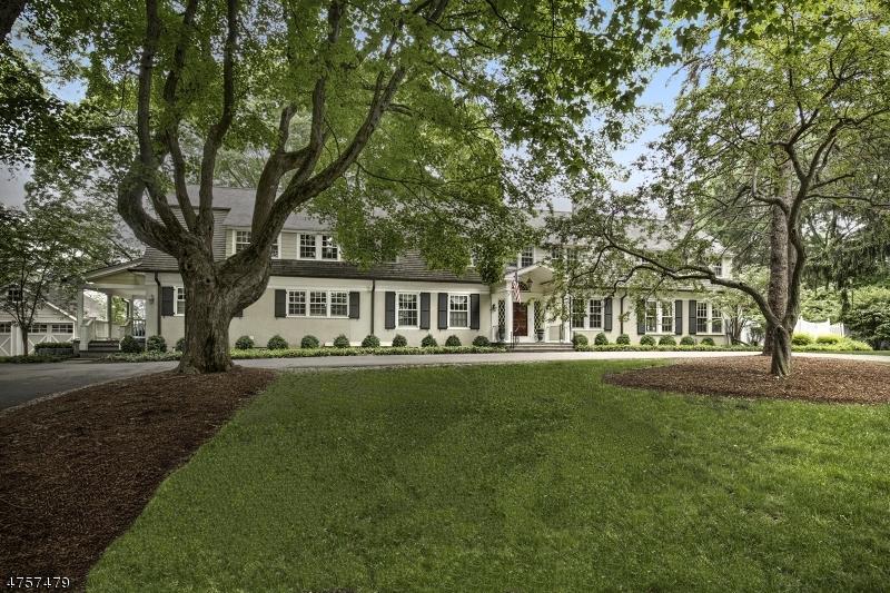 Maison unifamiliale pour l Vente à 16 Prospect Street Mendham, New Jersey 07945 États-Unis