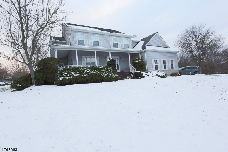 Single Family Home for Sale at 5 Summit Road 5 Summit Road Andover, New Jersey 07821 United States