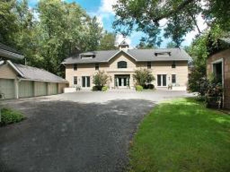 Maison unifamiliale pour l à louer à 33 Dryden Road Bernardsville, New Jersey 07924 États-Unis