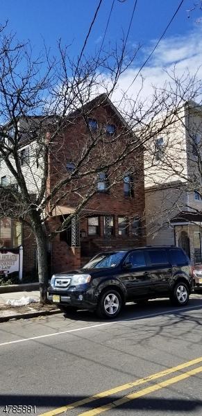 多戶家庭房屋 為 出售 在 418 Lafayette Street Newark, 新澤西州 07105 美國