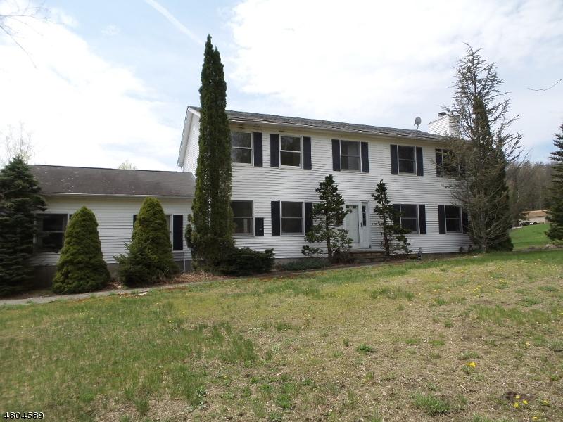 独户住宅 为 销售 在 17 Clinton View Ter 西米尔福德, 新泽西州 07421 美国