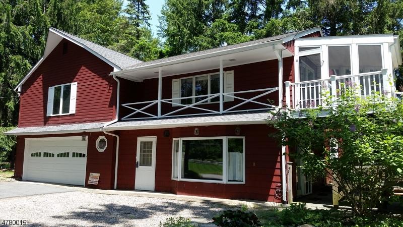 Частный односемейный дом для того Продажа на 78 Old Farmers Road Washington, Нью-Джерси 07853 Соединенные Штаты