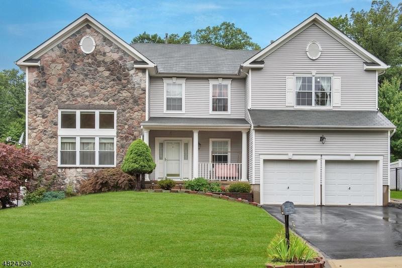 独户住宅 为 销售 在 61 HILL HOLLOW ROAD Jefferson Township, 新泽西州 07849 美国