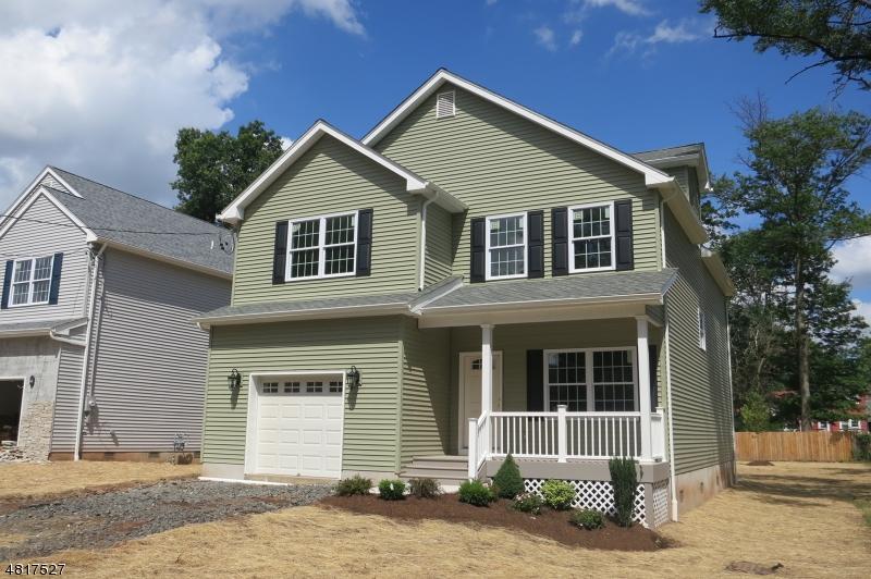 Частный односемейный дом для того Продажа на 327 S MADISON Avenue Dunellen, Нью-Джерси 08812 Соединенные Штаты
