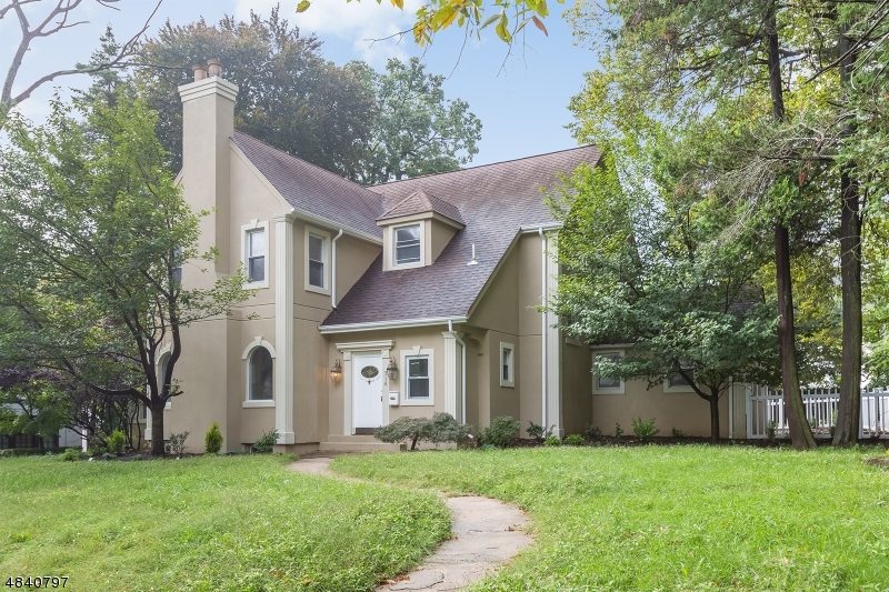 獨棟家庭住宅 為 出售 在 318 ELMWYND Drive Orange, 新澤西州 07050 美國