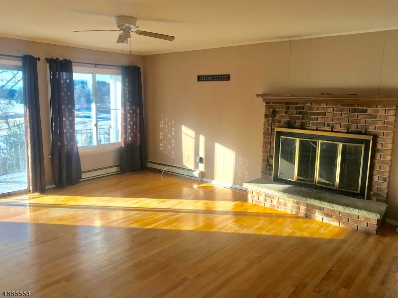 Condo / Townhouse for Sale at 312 Lake Shore S Montague, New Jersey 07827 United States