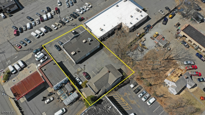 Commercial / Office for Sale at 6 ELM ST Oakland, New Jersey 07436 United States