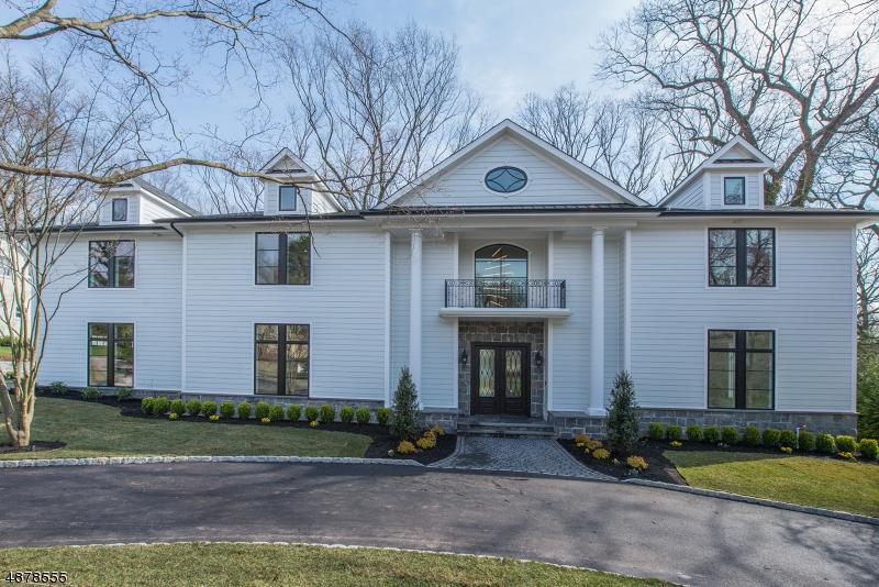Частный односемейный дом для того Продажа на 8 HELLER Drive Montclair, Нью-Джерси 07043 Соединенные Штаты