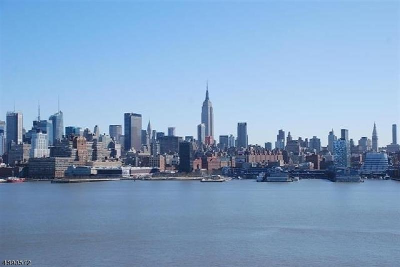 Condo / Casa geminada para Venda às 1125 MAXWELL Lane Hoboken, Nova Jersey 07030 Estados Unidos
