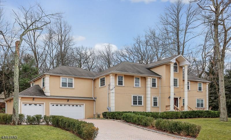 Single Family Homes för Försäljning vid Watchung, New Jersey 07069 Förenta staterna