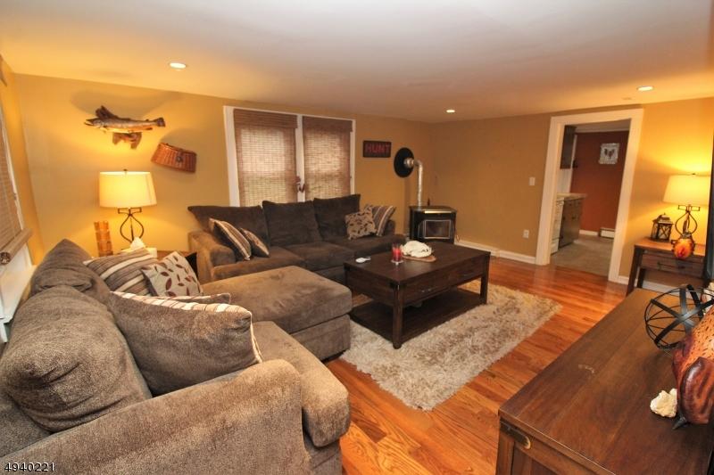 917 FAIRVIEW LAKE ROAD : une maison de luxe à à louer à [Search location] -  ID de Propriété: 3596326
