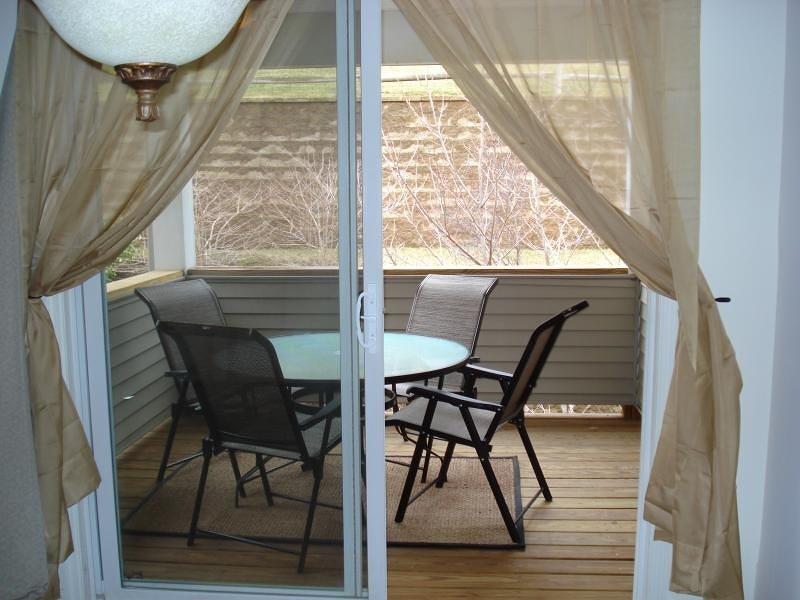 Additional photo for property listing at 20 Bourne Circle  Hamburg, Nueva Jersey 07419 Estados Unidos