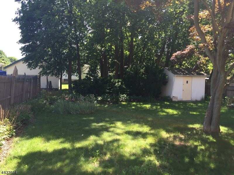 Additional photo for property listing at 352-354 Emerson  Plainfield, New Jersey 07062 United States