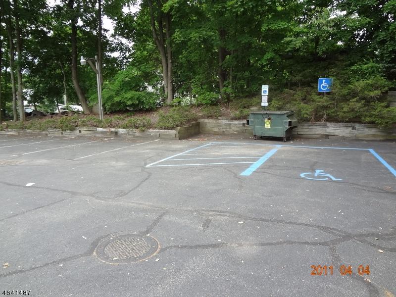 Additional photo for property listing at 14 Oak Ridge Road  Oak Ridge, Nueva Jersey 07438 Estados Unidos