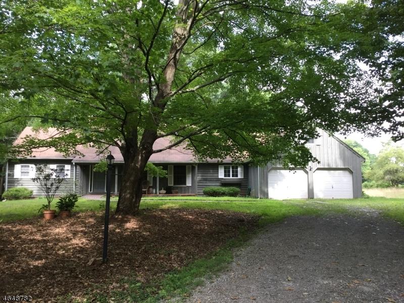 Частный односемейный дом для того Продажа на 208 LAMBERTVILLE HQTS Road Stockton, Нью-Джерси 08559 Соединенные Штаты