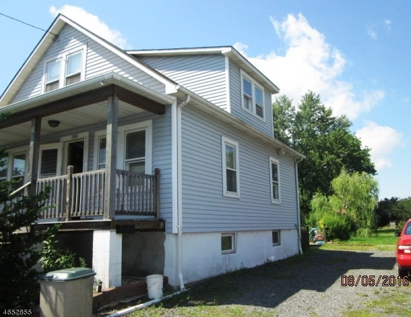 Additional photo for property listing at 150 S 21st Avenue  Manville, New Jersey 08835 États-Unis