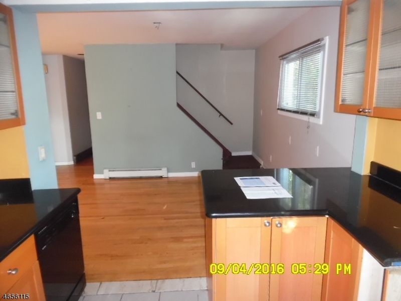 Additional photo for property listing at 7 Lookout Avenue  Lake Hopatcong, New Jersey 07849 United States