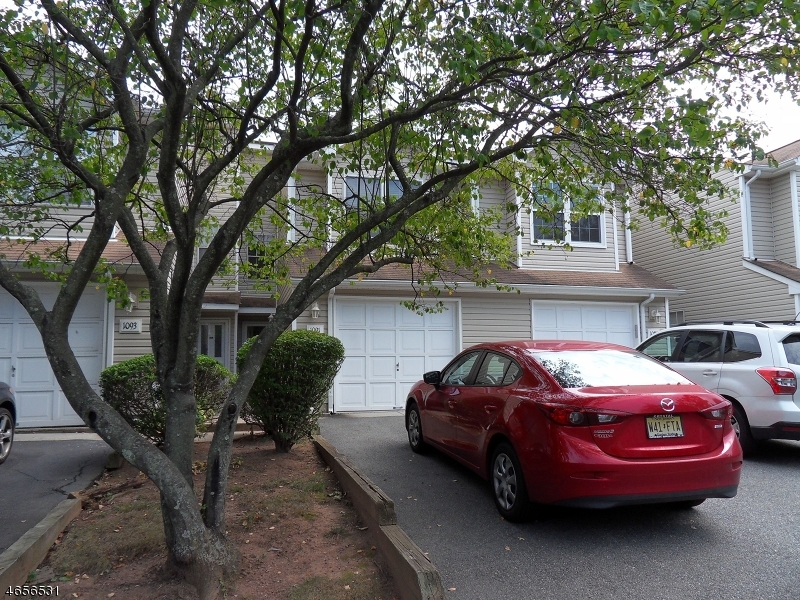 Additional photo for property listing at 1091 Oakcroft Lane  Somerset, Nueva Jersey 08873 Estados Unidos