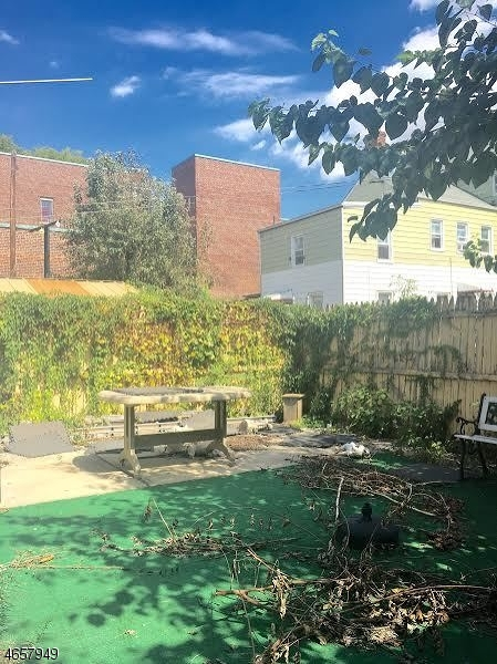 Additional photo for property listing at 27 Morrell Street  Elizabeth, Nueva Jersey 07201 Estados Unidos
