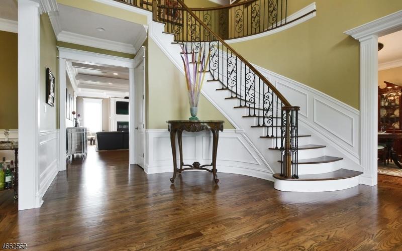 Additional photo for property listing at 4 W Serafin Way  Towaco, Nueva Jersey 07082 Estados Unidos