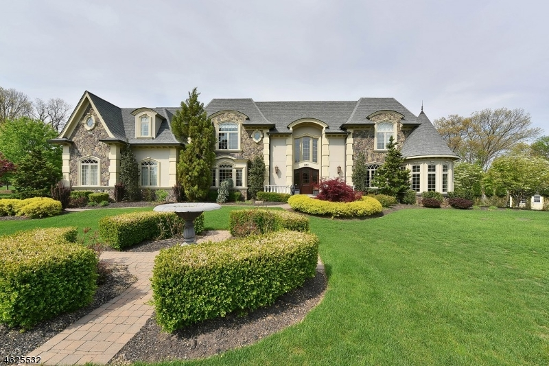 Single Family Home for Sale at 263 Glen Place Franklin Lakes, New Jersey 07417 United States
