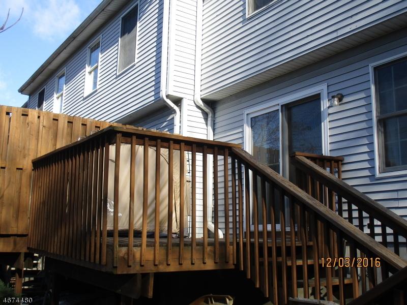 独户住宅 为 销售 在 837 Valley St, B Vauxhall, 新泽西州 07088 美国