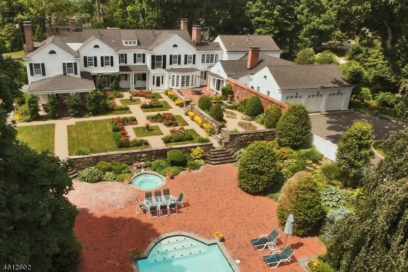 Nhà ở một gia đình vì Bán tại 22 Talmage Road 22 Talmage Road Mendham Borough, New Jersey 07945 Hoa Kỳ