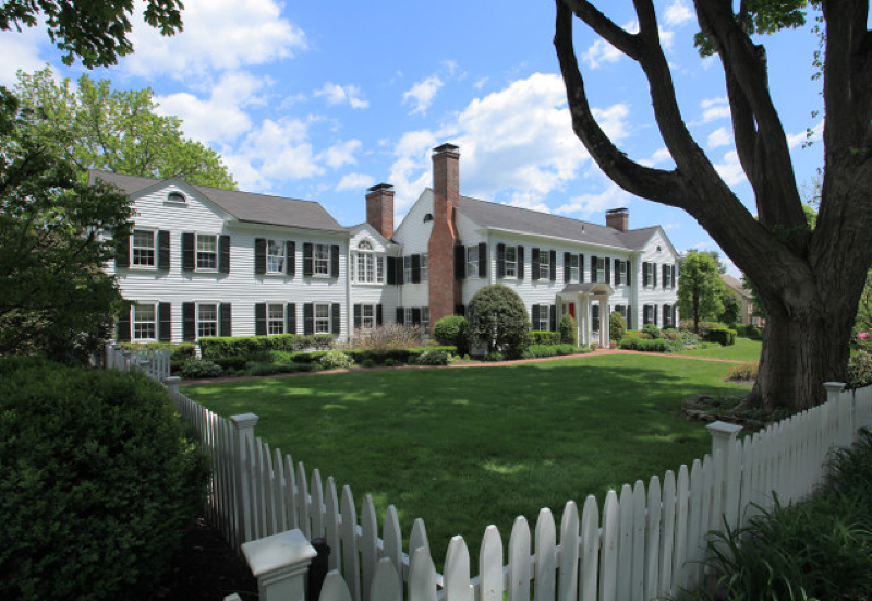 Частный односемейный дом для того Продажа на 22 Talmage Road Mendham, 07945 Соединенные Штаты