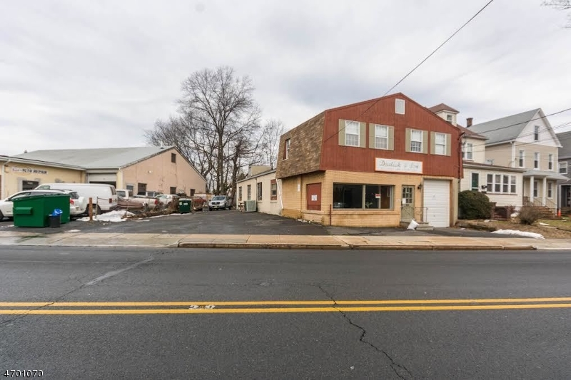 Commercial for Sale at 40 North Avenue Garwood, New Jersey 07027 United States