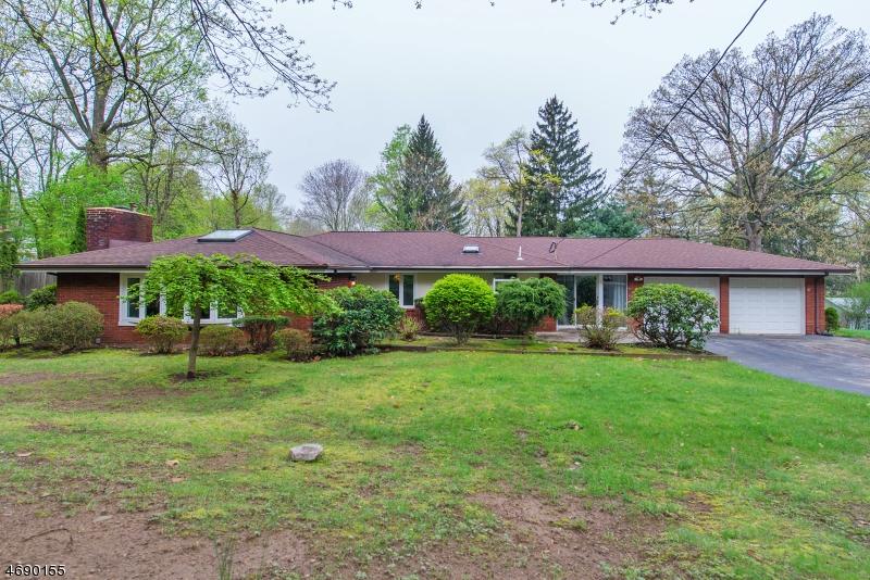 Частный односемейный дом для того Продажа на 6 Hartung Avenue Riverdale, 07457 Соединенные Штаты