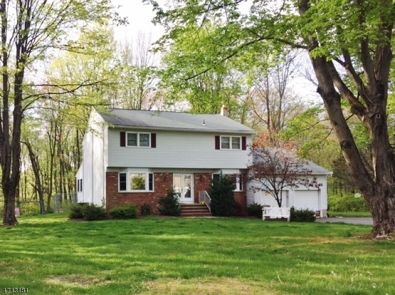 Single Family Home for Sale at 11 Conkling Road Flanders, New Jersey 07836 United States