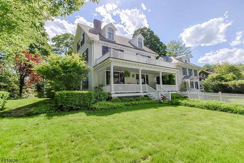 Single Family Home for Sale at 33 MacCulloch Avenue Morristown, 07960 United States