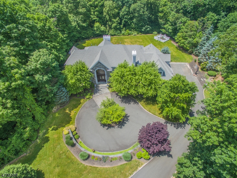 Single Family Home for Sale at 12 Wildlife Run Boonton, 07005 United States
