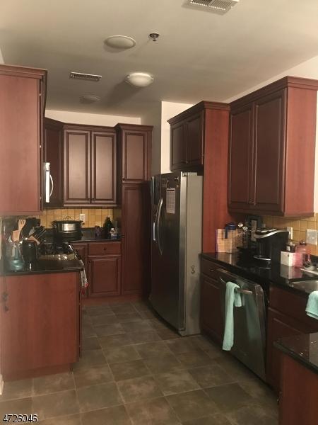 Частный односемейный дом для того Аренда на 16 Taft Lane Morristown, Нью-Джерси 07960 Соединенные Штаты