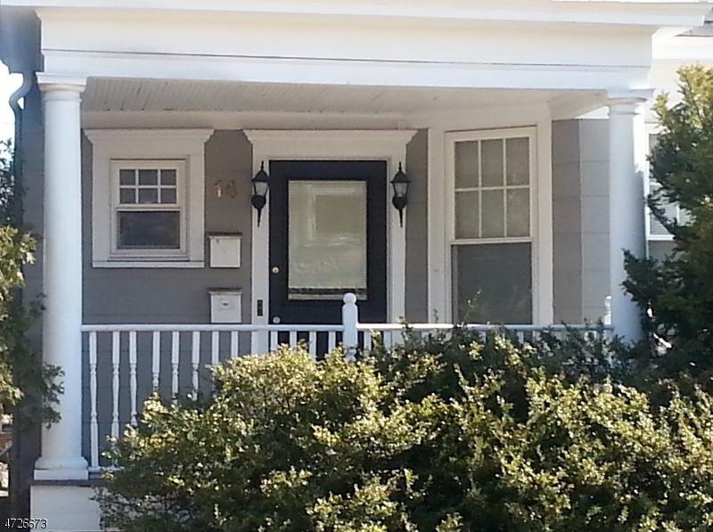 Casa Unifamiliar por un Alquiler en 14 Paterson Avenue Midland Park, Nueva Jersey 07432 Estados Unidos
